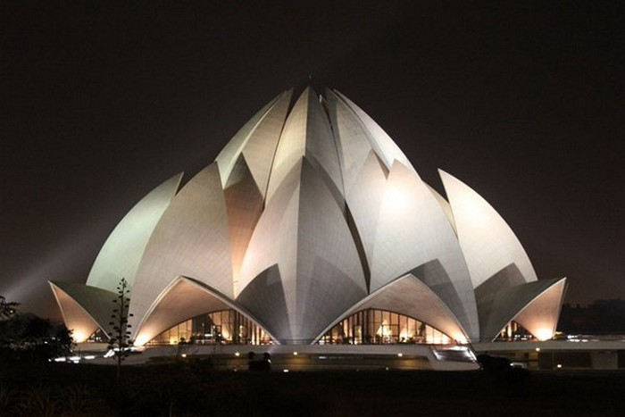 Crazy-Building-Designs-20.jpg