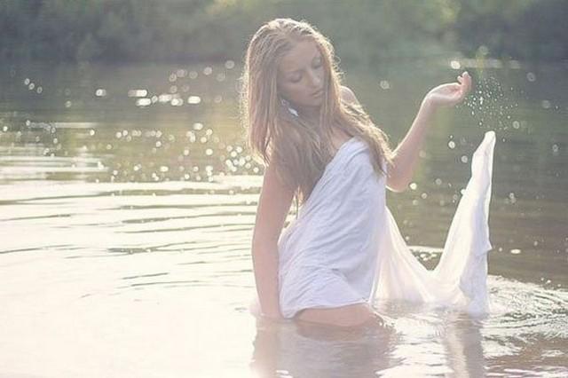 Hotgirlsfysh9.jpg