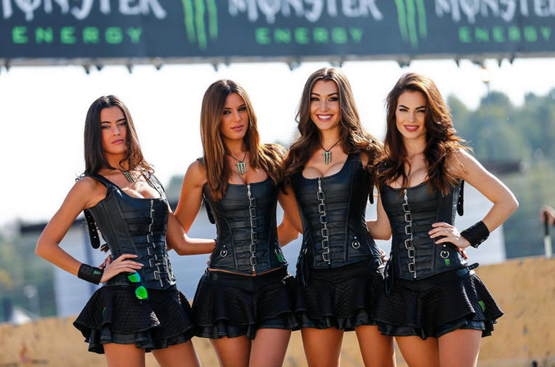 Ένα smokin' hot album από τα Monster Girls στο World RX