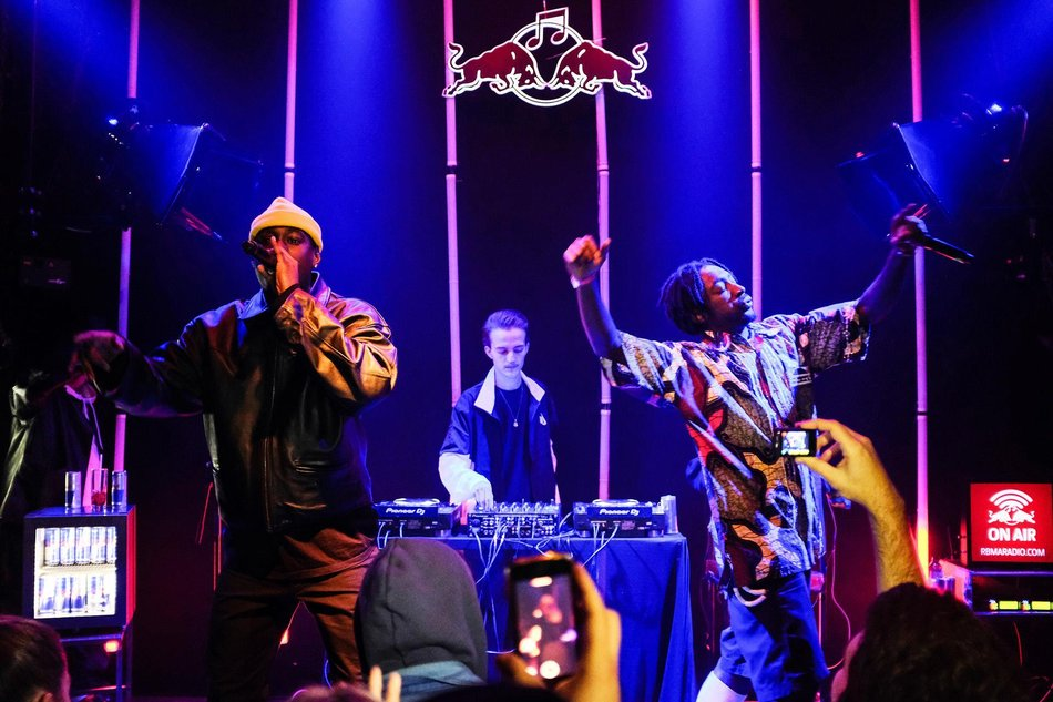red-bull-music-academy-showcase-six-dogs.JPG