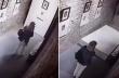 Δύο γυναίκες ρίχνουν πίνακα του Salvador Dali καθώς τραβούν μια σέλφι