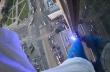 Σκαρφάλωσε σε ένα από τα ψηλότερα κτήρια της Πολωνίας