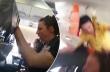 Τρομακτική στιγμή με αναταράξεις σε αεροπλάνο